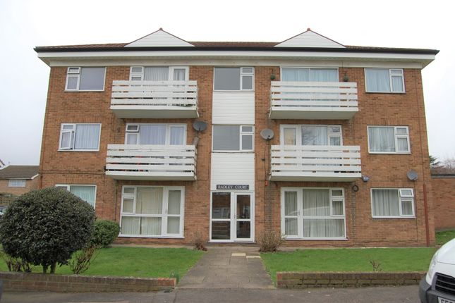 Thumbnail Flat to rent in Radley Court, Chigwell