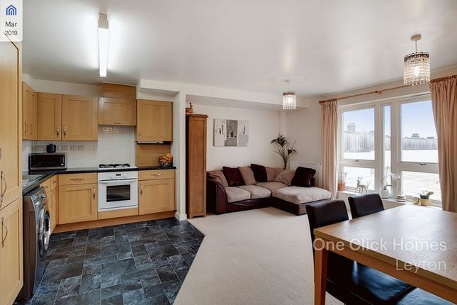 Thumbnail Flat for sale in Leyton Green Road, London