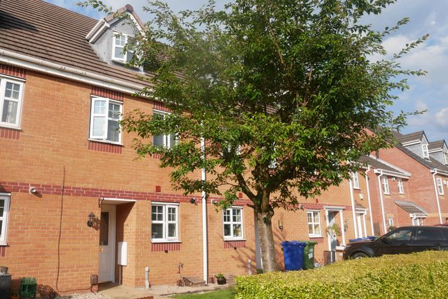 3 bed town house to rent in Springfield Road, Rugeley WS15