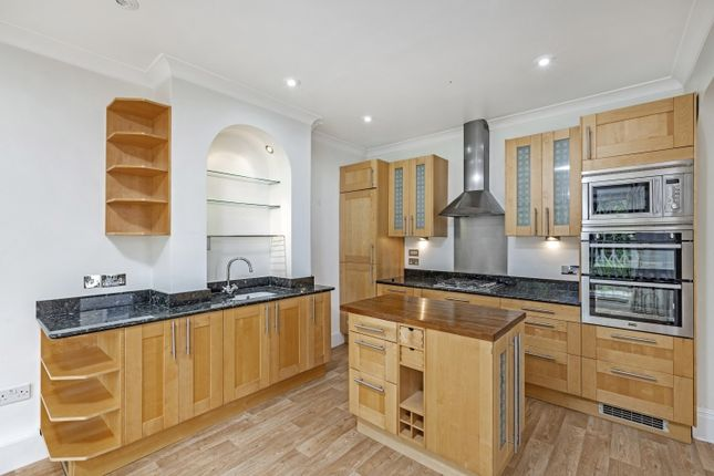 Thumbnail Flat to rent in Coomer Place, London