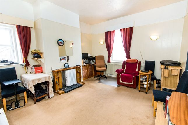 Thumbnail Flat for sale in Sea View Mansions, Sea View Road, Skegness