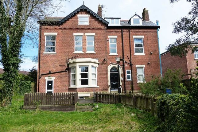 Thumbnail Detached house for sale in Blackpool Road, Ashton-On-Ribble, Preston