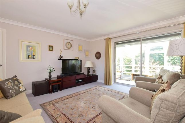 Thumbnail Detached bungalow for sale in Riverside Close, Liss, Hampshire