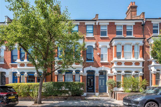 Thumbnail Maisonette to rent in Calabria Road, Highbury, Islington