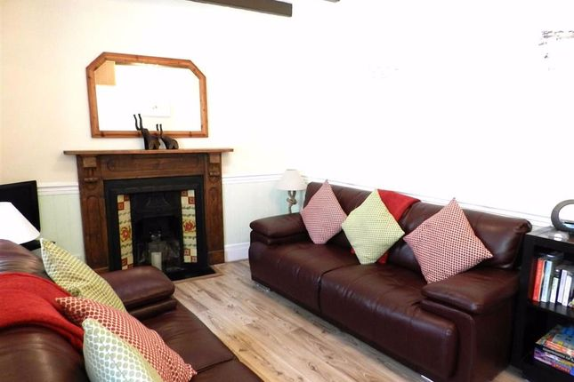 Living Room of Wesley Place, St. Ives TR26