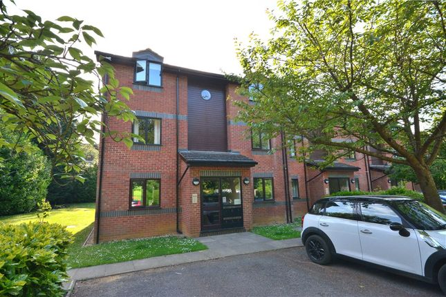 1 bed flat for sale in Maple Court, Wayland Close, Bracknell RG12