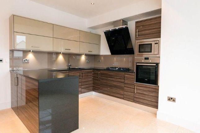 Thumbnail Flat to rent in Brighouse Park Cross, Cramond, Edinburgh