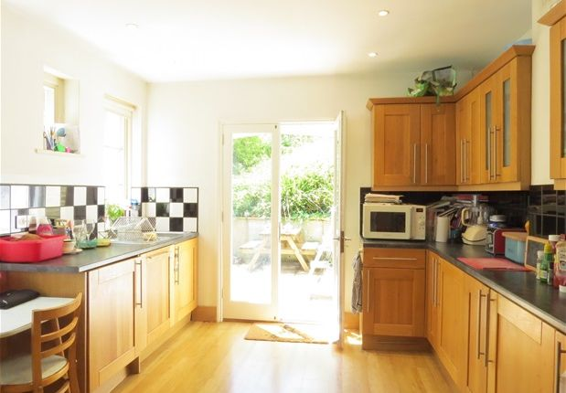 Thumbnail Property to rent in Whiteley Road, London