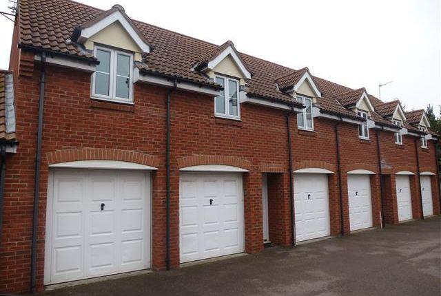Thumbnail Flat to rent in Horsley Drive, Gorleston, Great Yarmouth
