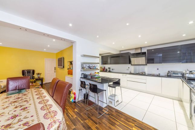 Thumbnail Property for sale in Eversley Avenue, Wembley