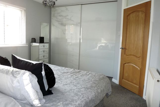 Bedroom 1 of Jacobs Close, Potton SG19