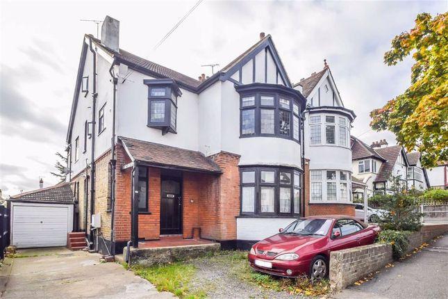 3 bed flat for sale in Kings Road, Westcliff-On-Sea, Essex SS0