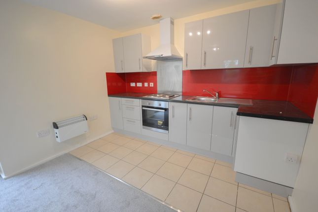 Flat to rent in Oxclose Park Rise, Halfway, Sheffield