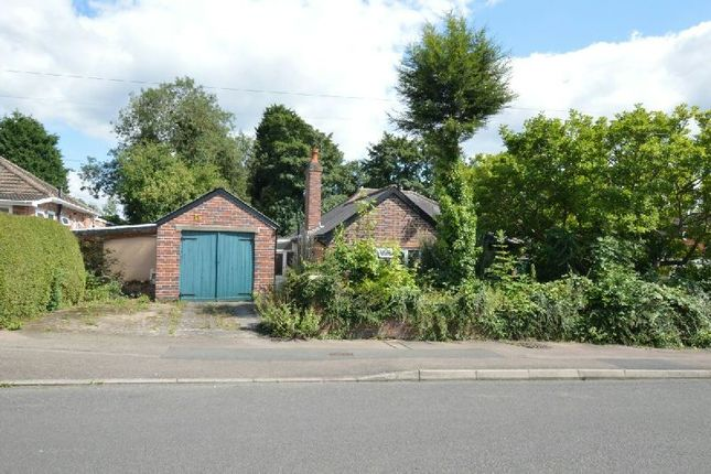 Thumbnail Detached bungalow for sale in Greendale Road, Glen Parva, Leicester