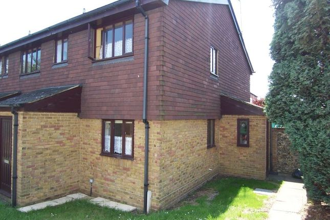 Thumbnail Studio to rent in Middle Road, Leatherhead