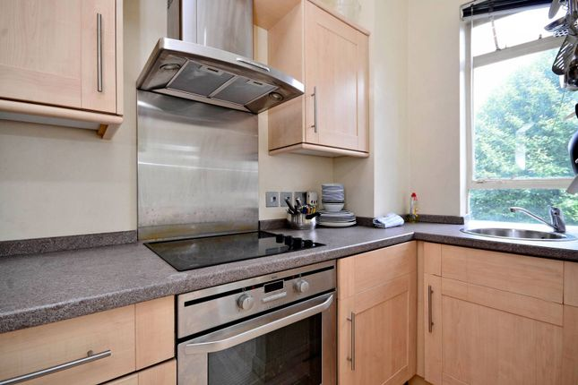 1 bed flat to rent in Prince Albert Road, St John's Wood, London NW8