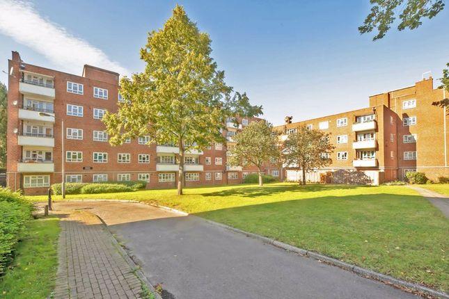 4 bed flat for sale in Aldrington Road, London SW16