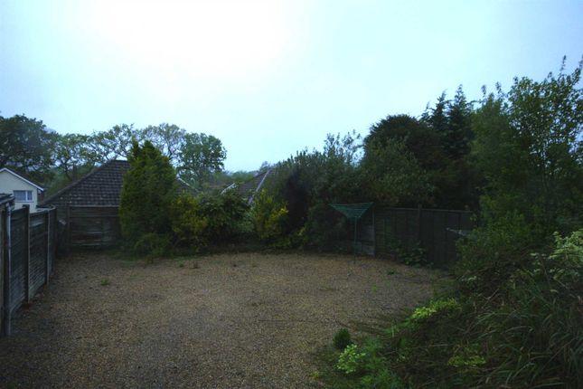 Communal Grounds of Warren Crescent, Southampton SO16