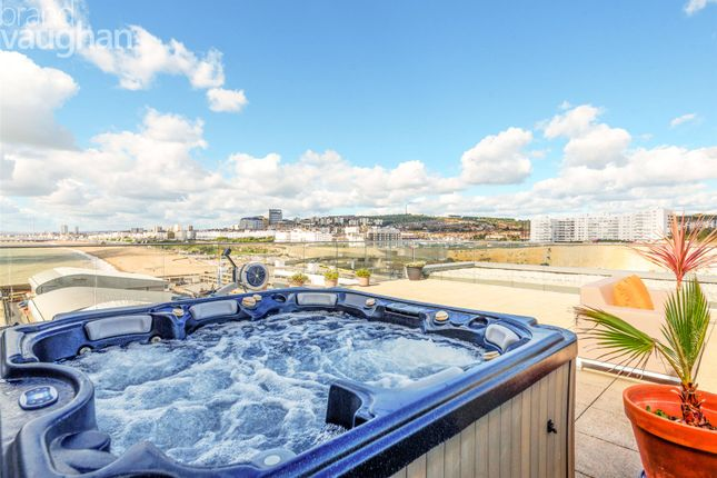 3 bed flat for sale in The Boardwalk, Brighton, East Sussex BN2