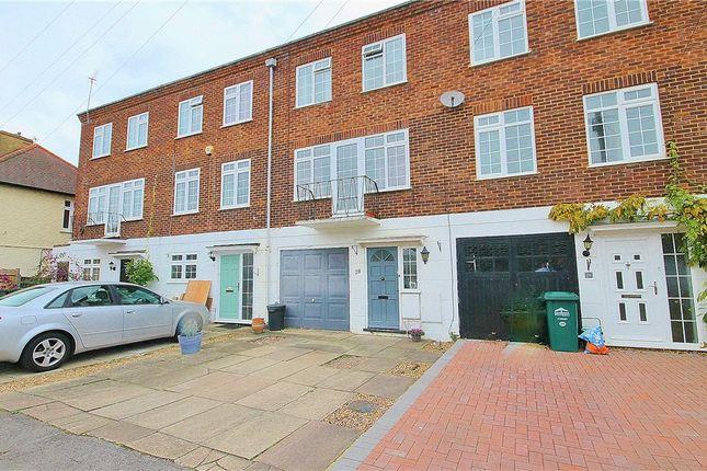 Thumbnail Property for sale in Sunmead Road, Lower Sunbury, Surrey