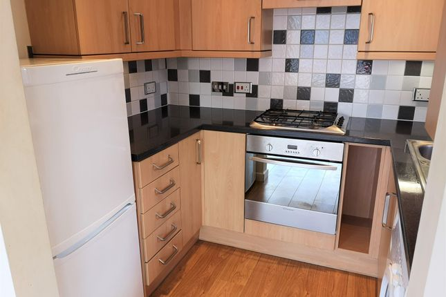 Thumbnail Flat to rent in Pinegrove Road, Southampton