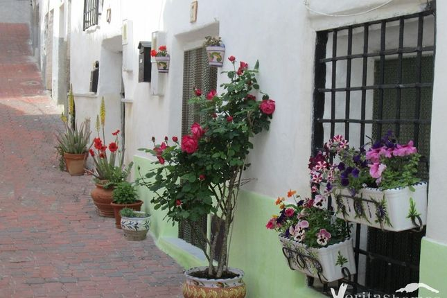 3 bed country house for sale in Albanchez, Almeria, Spain