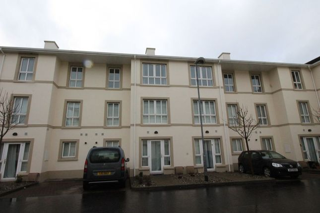 Thumbnail Flat to rent in Bay Road Manor, Larne
