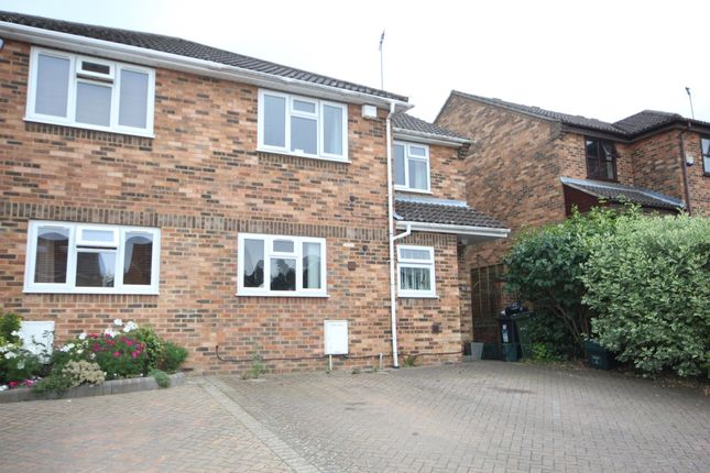 Thumbnail Property to rent in Tuffnells Way, Harpenden, Hertfordshire