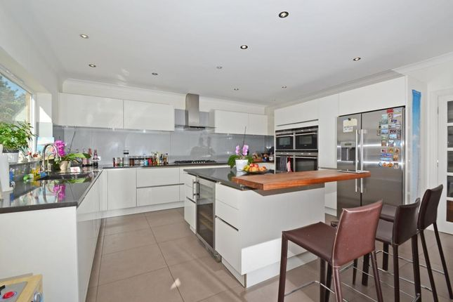 Thumbnail Detached house to rent in Miles Lane, Cobham