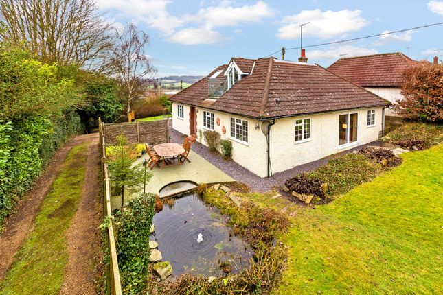 Thumbnail Detached house for sale in New Road, Northchurch, Berkhamsted