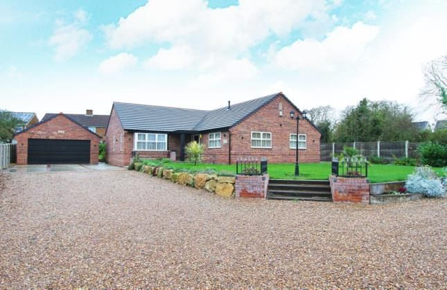 Thumbnail Bungalow for sale in Swinston Hill Road, Dinnington, Sheffield, South Yorkshire