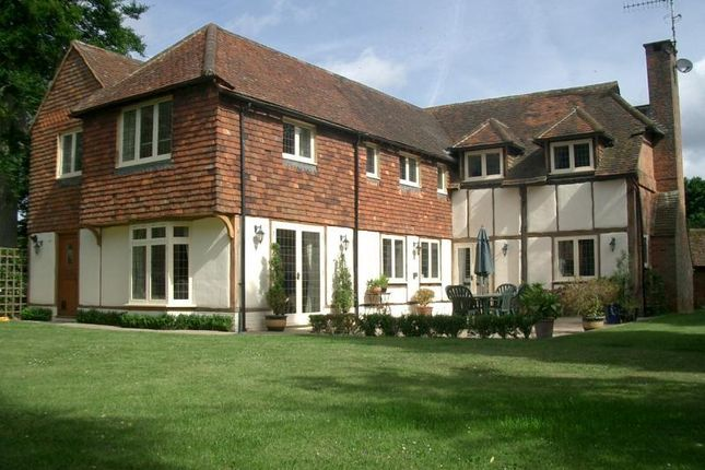 Thumbnail Barn conversion to rent in Gravelpits Lane, Gomshall, Guildford
