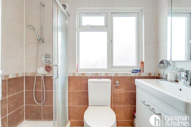 15_Bathroom 2-0 of Woodlands, London NW11