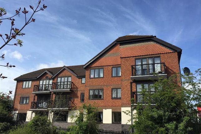 Thumbnail Flat to rent in Clopton Road, Stratford-Upon-Avon