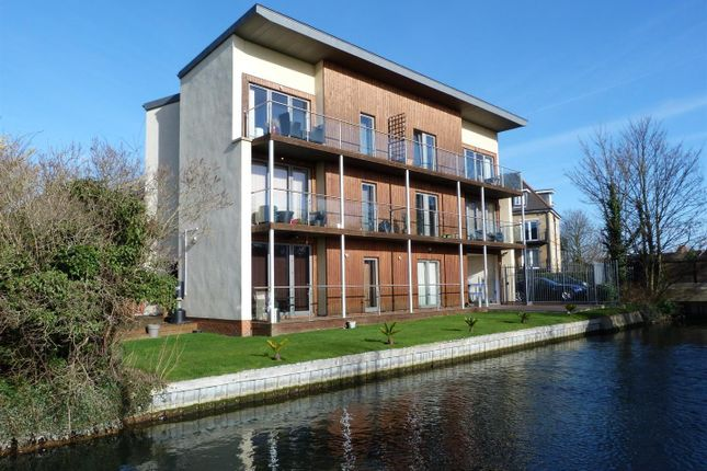 Thumbnail Flat for sale in Range Court, Firs Lane, Winchmore Hill