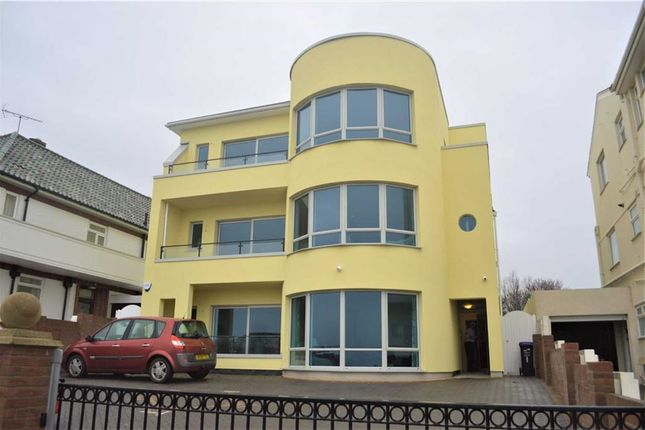 Thumbnail Flat to rent in Palm Bay Avenue, Cliftonville, Margate