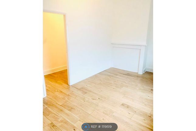 Thumbnail Flat to rent in Wargrave Road, St Helens