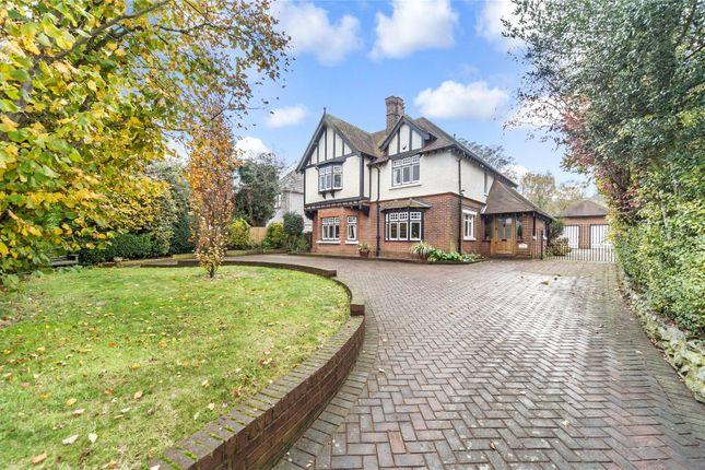 Thumbnail Detached house for sale in London Road, Rainham, Kent