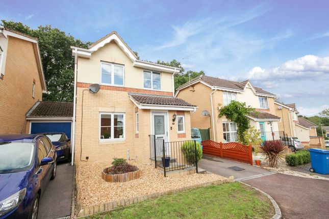 Thumbnail Detached house to rent in Neuman Crescent, Bracknell
