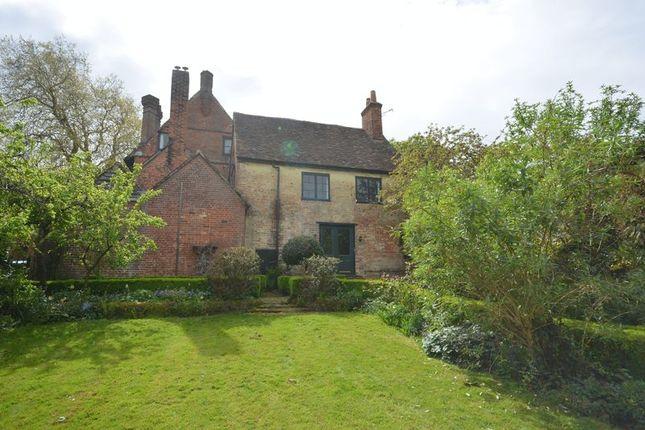 Thumbnail Cottage to rent in St. Margarets Lane, Titchfield, Fareham