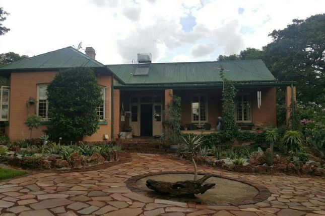 Thumbnail Detached house for sale in Belfast Rd, Harare, Zimbabwe