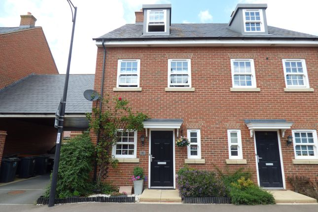 Thumbnail Town house for sale in Wixams, Beds