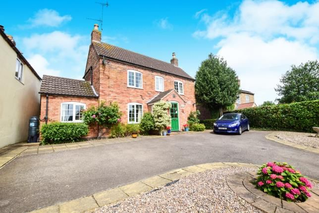 Thumbnail Detached house for sale in Partney Road, Sausthorpe, Spilsby, .