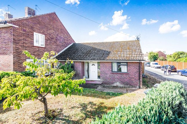 Thumbnail Bungalow for sale in Cherry Tree Green, Hertford