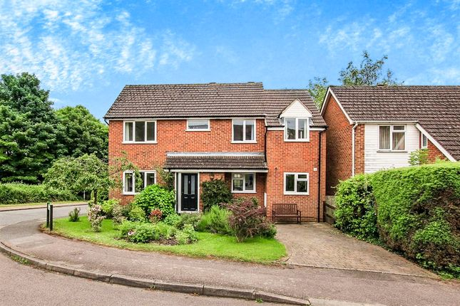 Thumbnail Detached house for sale in Long View, Berkhamsted