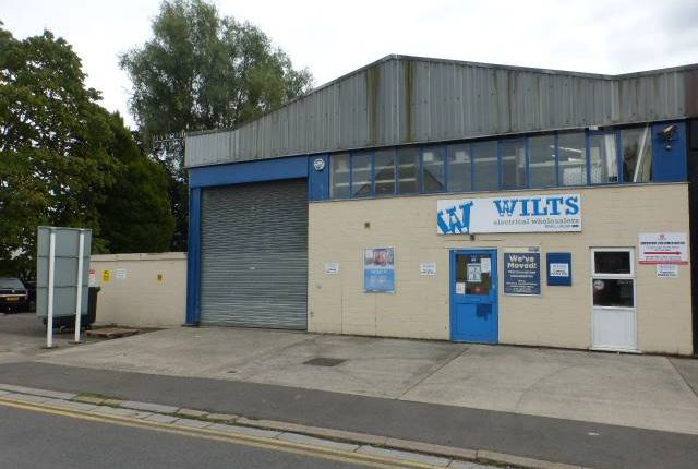 Thumbnail Industrial to let in Locksbrook Road Trading Estate, Bath