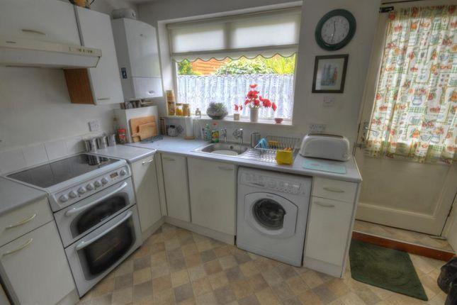 Kitchen of Bridlington Street, Hunmanby, Filey YO14