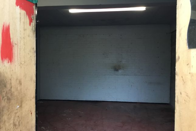 Industrial to let in Tennant Ave, East Kilbride