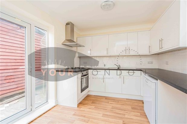 Thumbnail Semi-detached house to rent in Hook Lane, Welling