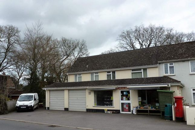 Thumbnail Retail premises for sale in Bovey Tracey, Devon